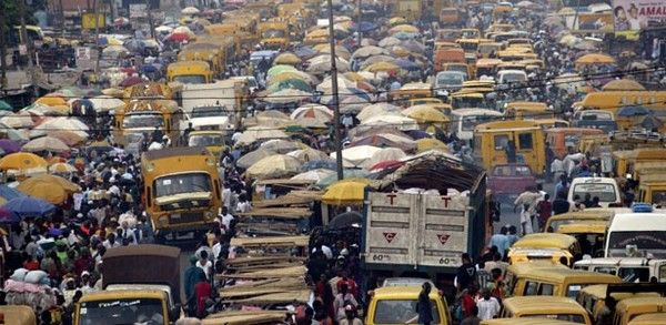 shabby-vehicles-on-Lagos-streets