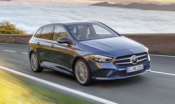 Angular front of the Mercedes-Benz B-Class 2019