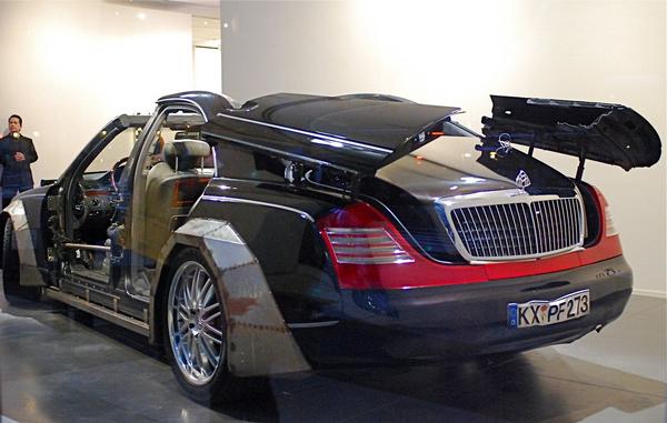 Angular rear of the Maybach 57S