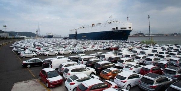 cars in seaport