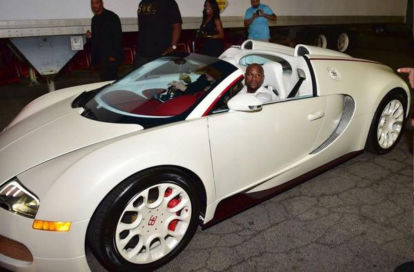 Bugatti 16.4 Veyron of boxer Floyd Mayweather