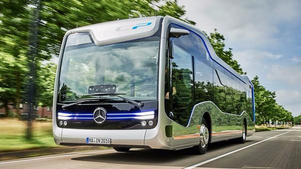Mercedes self-driving bus