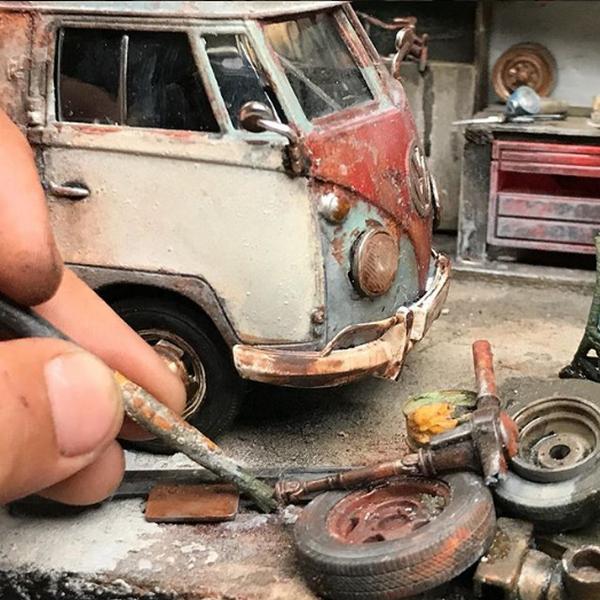 Eddie Putera making a miniature rusty car