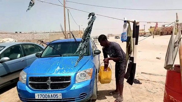 car-wash-man