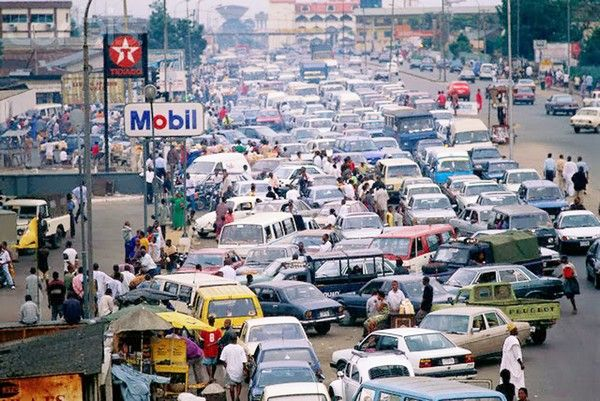 cars parking and running on Nigerian roads