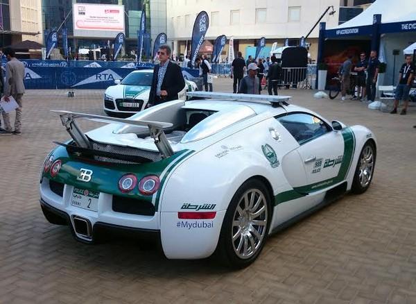 a white Bugatti Veyron of Dubai police