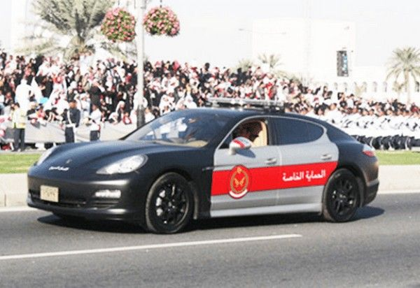 a black Porsche Panamera car of Qatari police