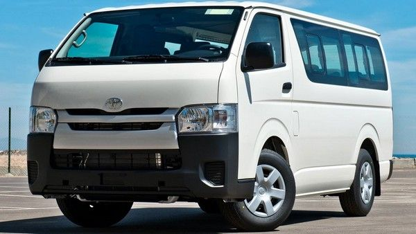 a-Toyota-HiAce-Commuter-bus