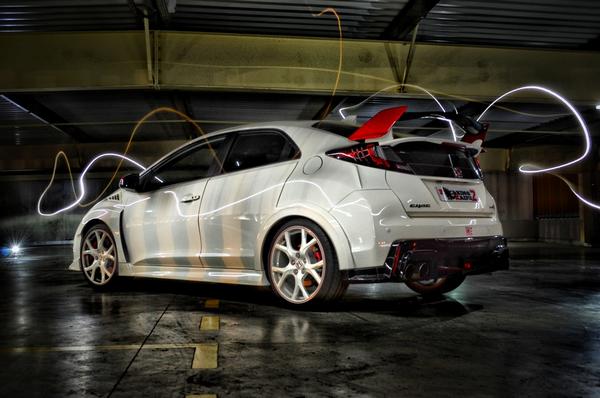Angular-rear-of the-Honda-Civic-hatchback