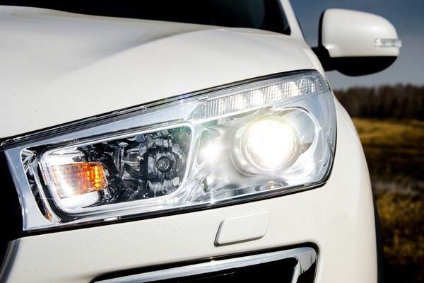 Save money by DIY headlight bulb replacement