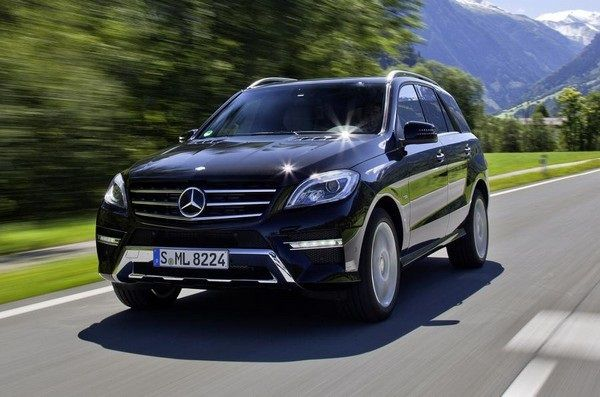 a-Mercedes-Benz-ML-350-on-the-road