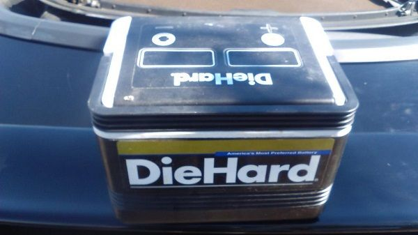 Image-of-a-diehard-car-battery