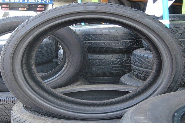 Image-of-a-stack-of-pneumatic-rubber-tires