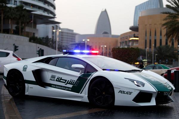 Lamborghini-Aventador-LP-700-4