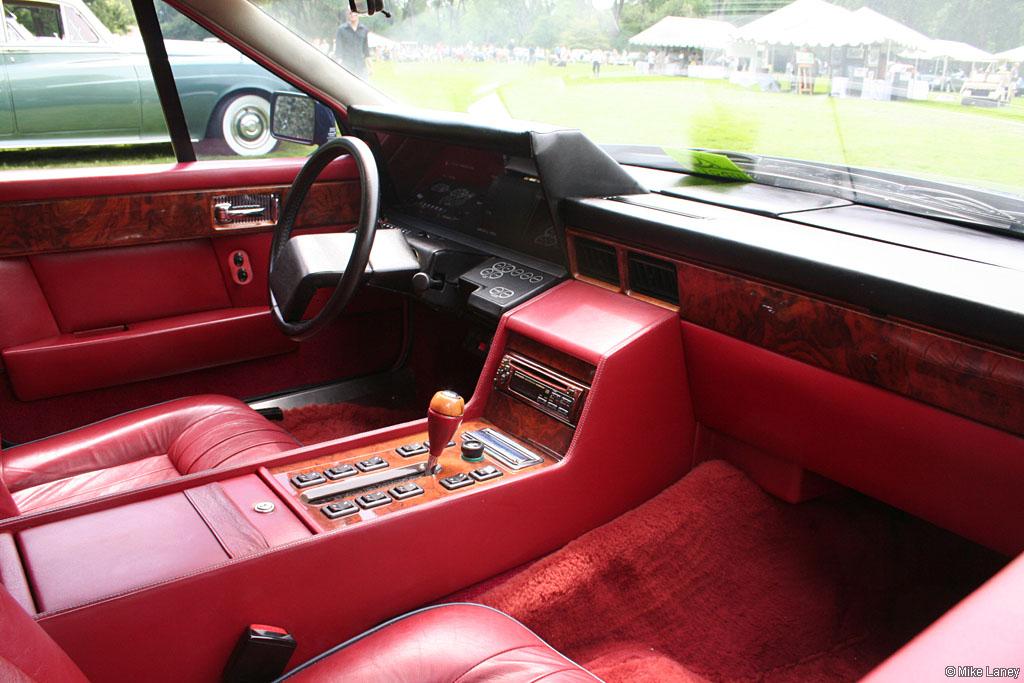 An-Aston-Martin-lagonda-1984/s-interior