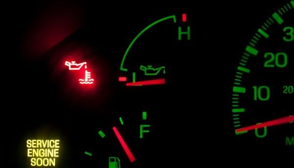 Image-of-an-on-oil-pressure-light-on-a-dashboard