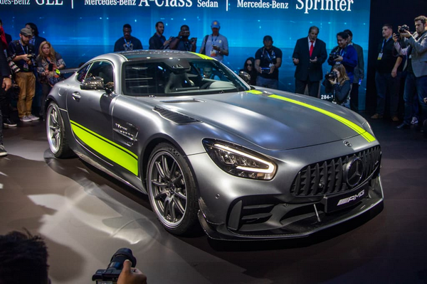 2020 Mercedes-AMG GT R PRO at the 2018 LA motor show