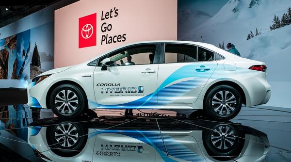 2020 Toyota Corolla Hybrid at the 2018 LA motor show
