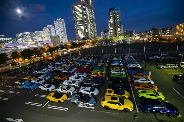 More than 200 Lamborghini supercars joins Lamborghini day Japan 2018