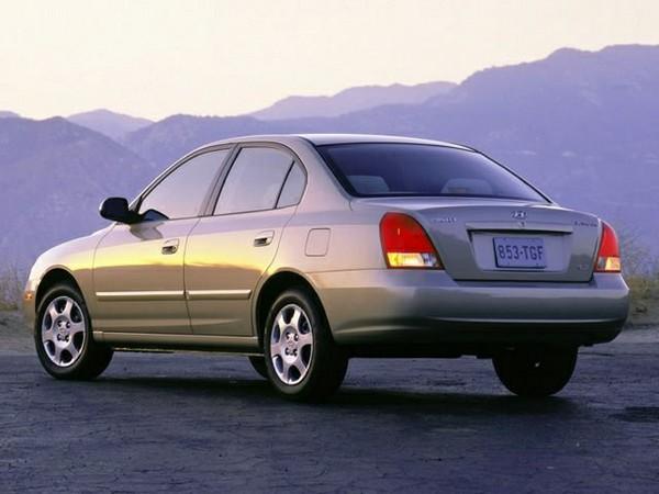 Hyundai-Elantra-2002-model