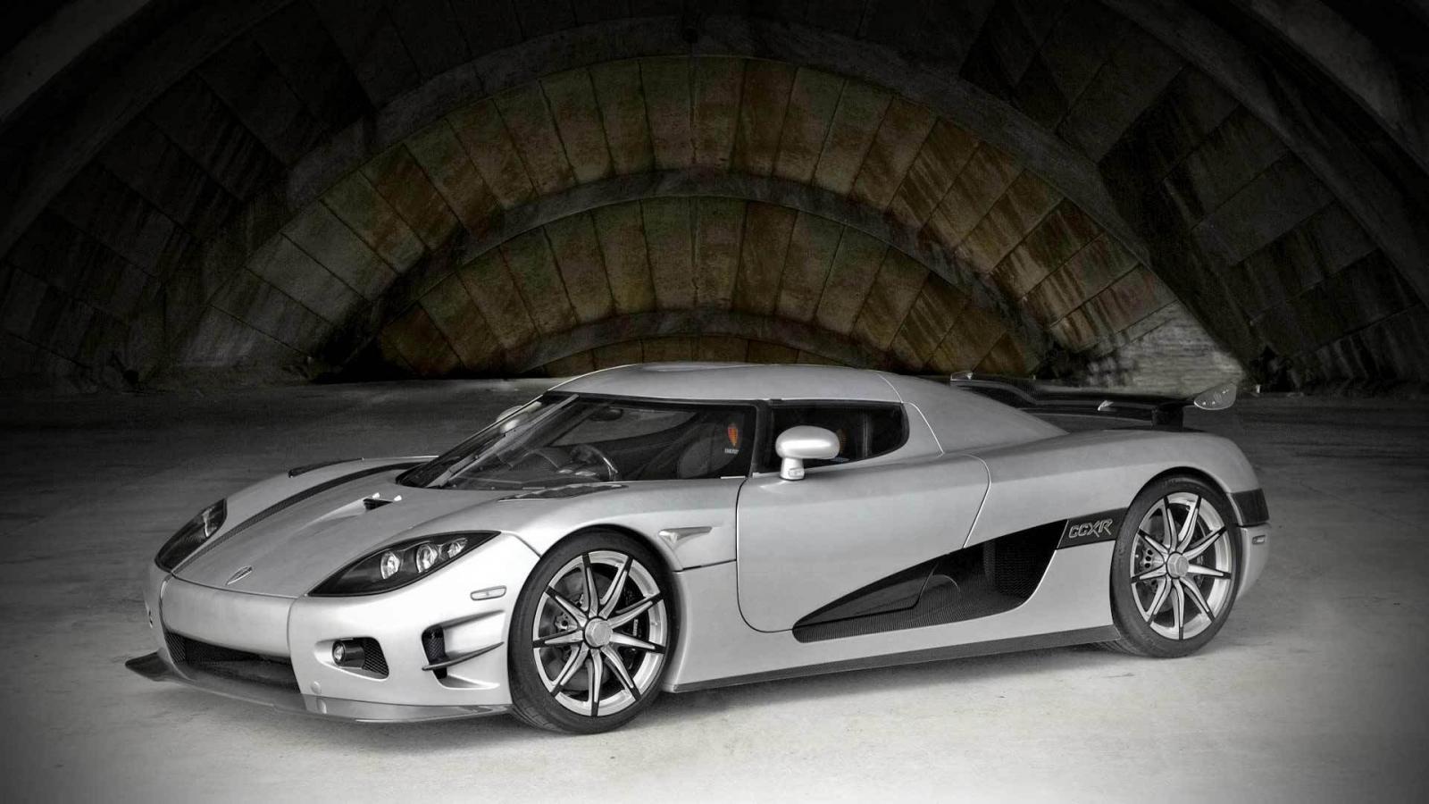 2009-Koenigsegg-CCXR-Trevita