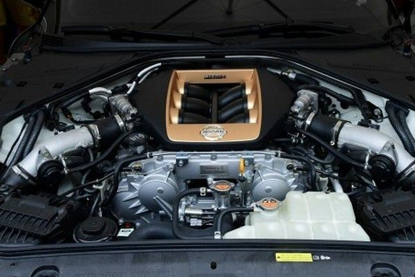 V6-engine-in-the-GT-R50
