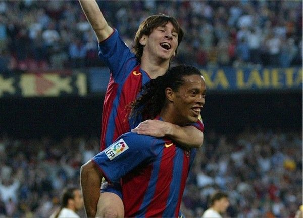 Ronaldinho-and-Messi