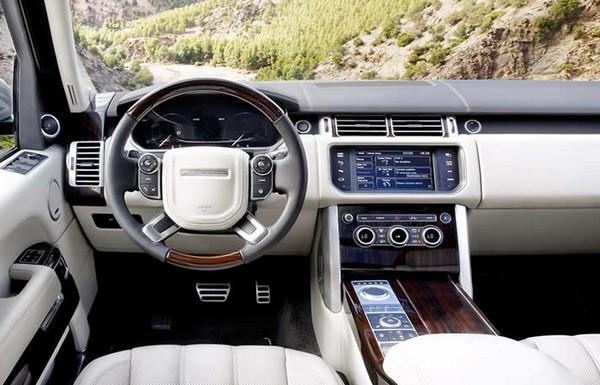 Range-Rover-Vogue-interior