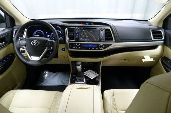 Toyota-Highlander-interiors