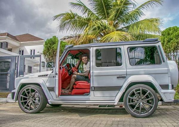 Obafemi-Martins-in-his-Mercedes-Benz-G-Class