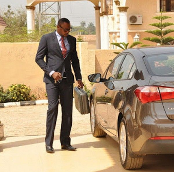 Odunlade-with-his-car