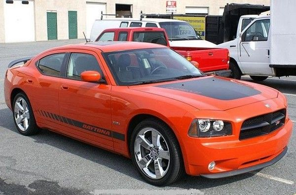 Messi-Dodge-Charger-SRT8