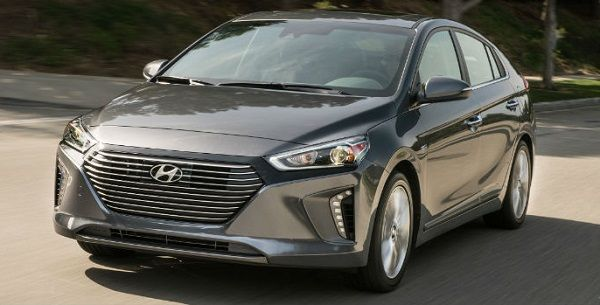 Image-of-a-2019-Hyundai-Ioniq-Hybrid-sedan