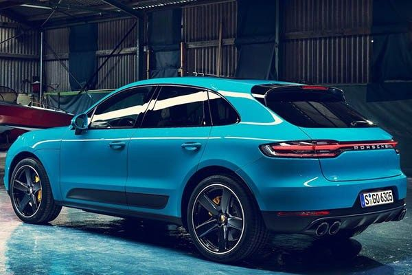 angular rear of the Porsche Macan 2019