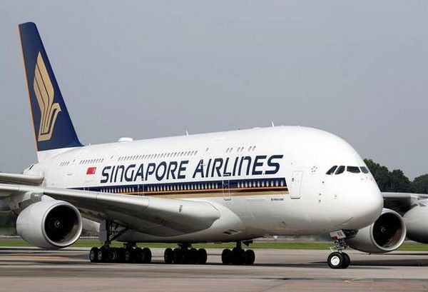 a-aircraft-of-Singapore-airlines