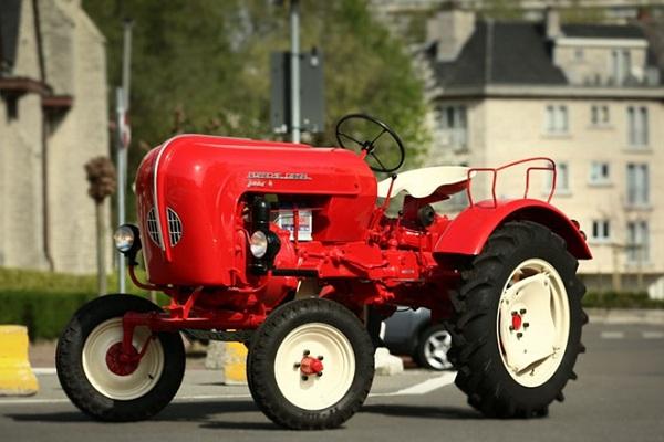 A-tractor-made-by-Porsche