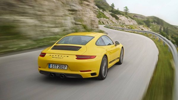 A-yellow-911