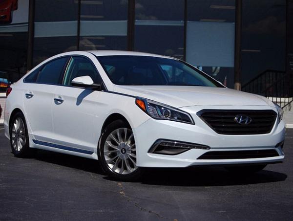 Image-of-a-Hyundai-Sonata