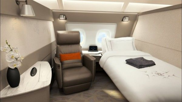 First class suit on Singapore Ailrline'sAirbus A380 with single bed
