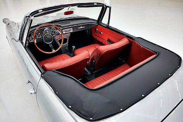 a-bmw-gt-1600-convertible-seats