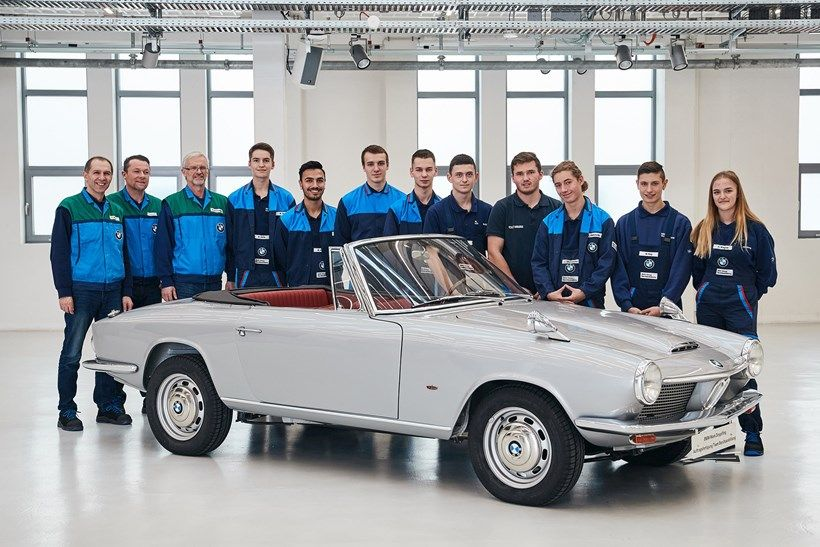 a-bmw-gt-1600-convertible-and-the-BMW-apprentice-team