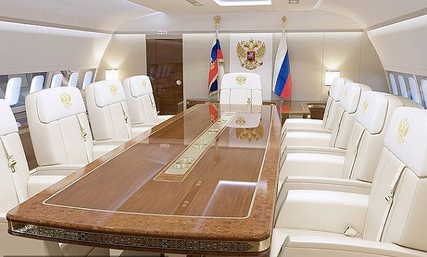 a-room-for-conference-meetingon-Putin-private-jet