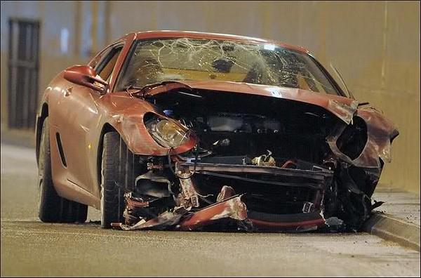 Ronaldo-Ferrari-in-crash