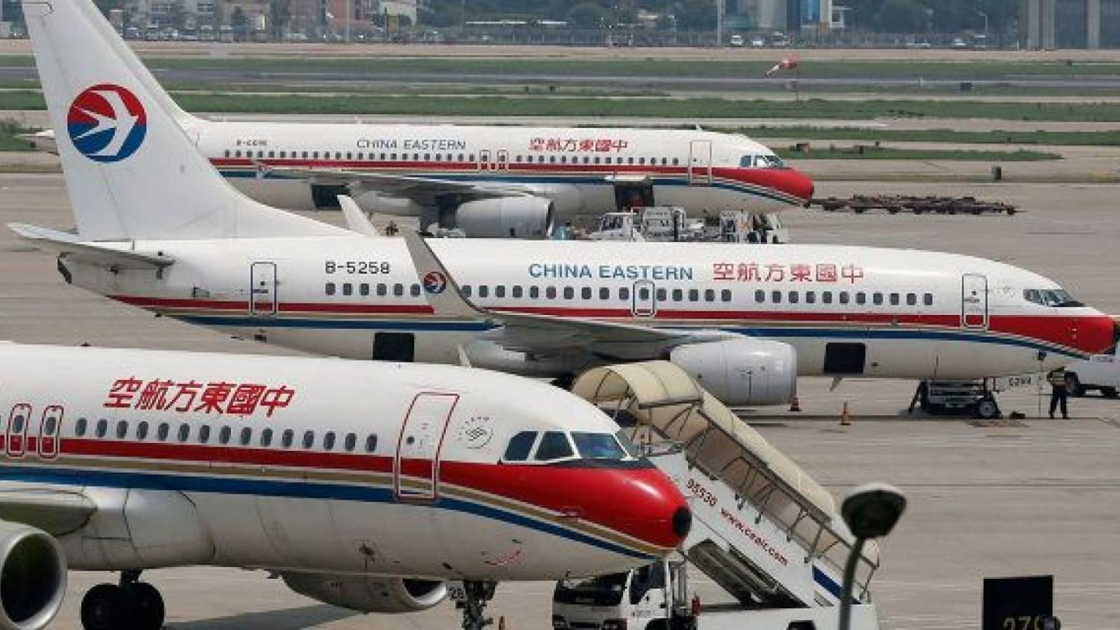 3-planes-of-the-China-Eastern-Airline