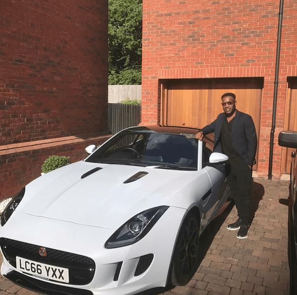 Jay-Jay-Okocha-and-his-white-car