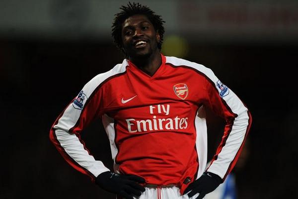 Emmanuel-Adebayor-plays-for-arsenal
