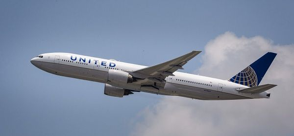 United-plane-in-the-air