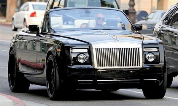 Beckham-driving-Rolls-Royce-Phantom