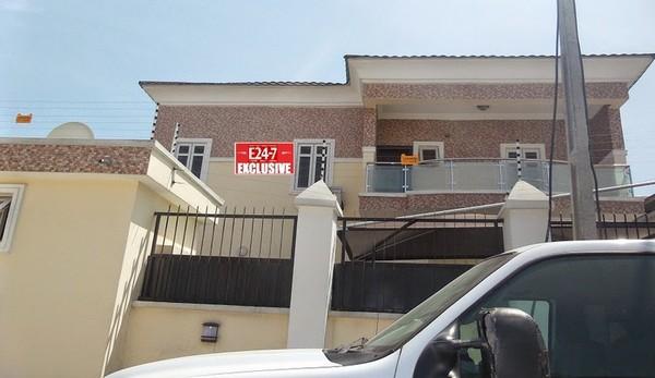 Ini-Edo-house-in-Lekki
