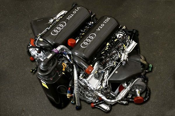 the-Audi-tdi-V10-engine-with-more-power